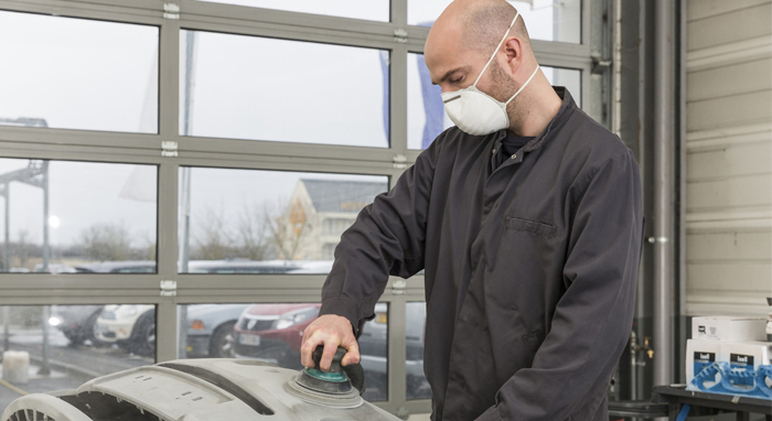 reparer-ma-carrosserie2-reparation-700x382-apr.jpg