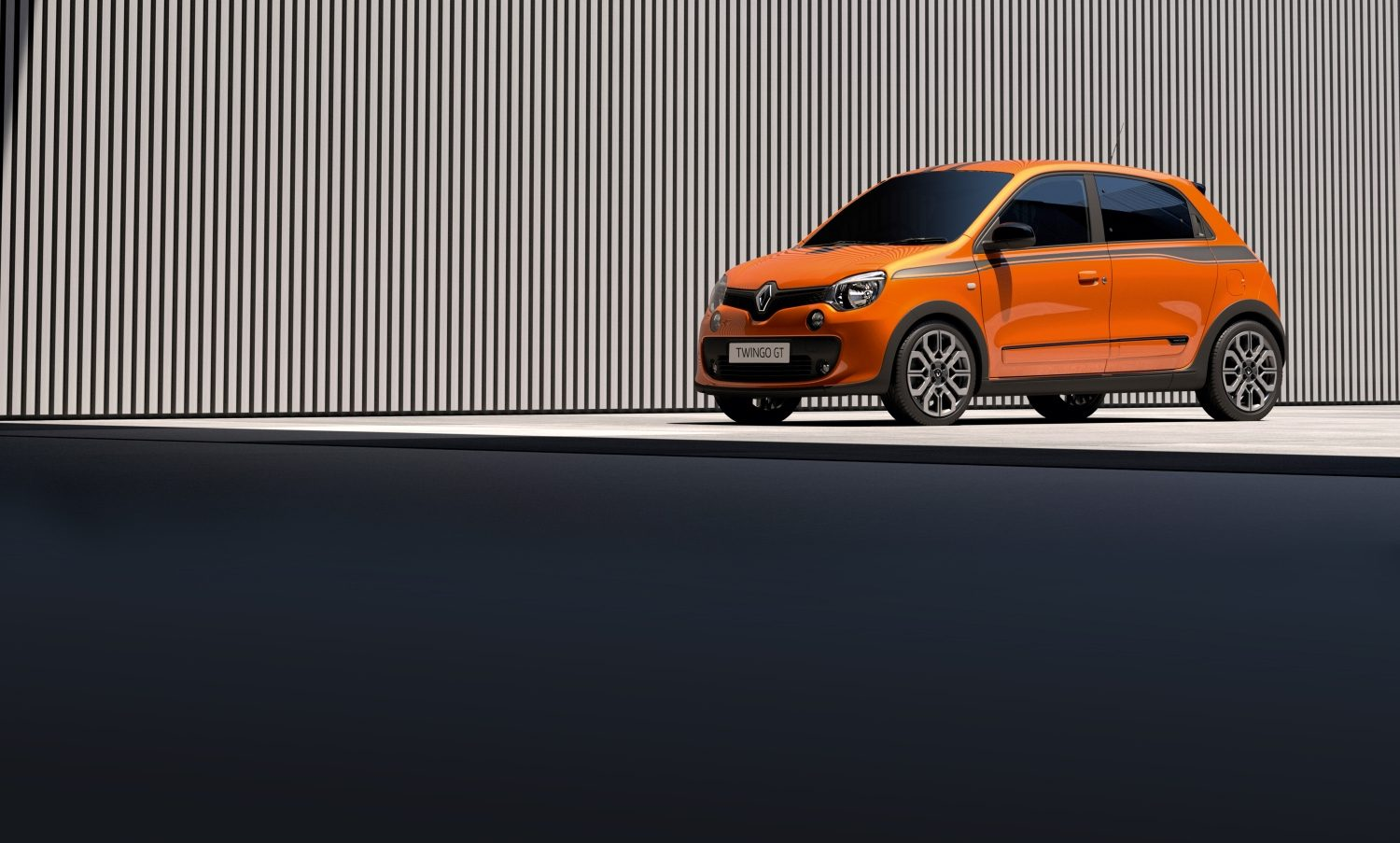 renault-twingo-gt-b07-ph1-beauty-shot-desktop.jpg.ximg.l_full_m.smart.jpg